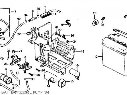Honda Vf700c Magna 1984 e Usa California Battery   Fuel Pump 84
