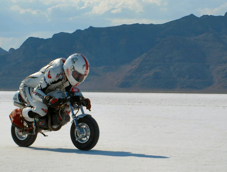 World Record Honda Monkey Bike Ivo Kastan Take
